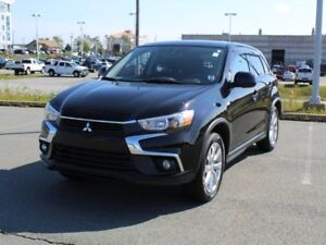 2016 MITSUBISHI RVR SE with Heated Seats and Back Up Camera!
