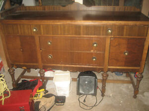 Reduced / Must Sell ASAP:    Antique Dinning Room Buffet