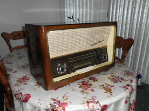 Concertino 8 Telefunken Old Tube Radio