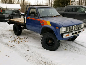 Toyota Pick Up Flat Bed * want it gone*