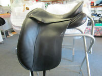 Schleese Elite Dressage Saddle - 17-1/2""