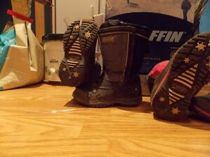 WINTER IS COMING--DO THE KIDS HAVE BOOTS?-BAFFIN&KODIAK Cambridge Kitchener Area image 3