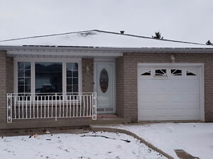 For Rent - Newly Renovated 3 bedroom in great Hamilton location