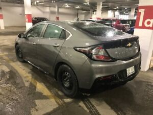2017 Chevrolet Volt - Electric Hybrid (Lease take over)