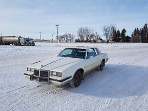 1984 Pontiac Grand Prix LE Coupe (2 door)