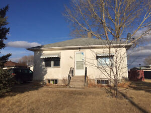 Great starter home reasonably priced, ready to go!
