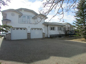 Northshore Heights House for sale! 8km to Bonnyville. Reduced.