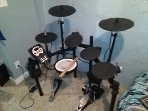 Roland TD-11 Electric Drum Kit with accessories