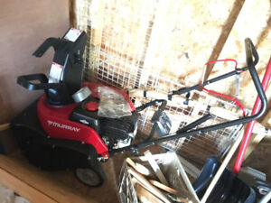 Brand new, never used Snow Blower