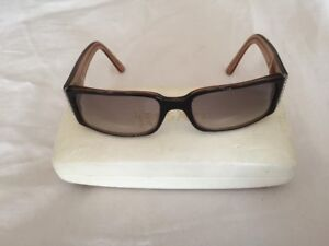 921b3a7aad80 VERSACE WOMEN S SUNGLASSES MINT CONDITION