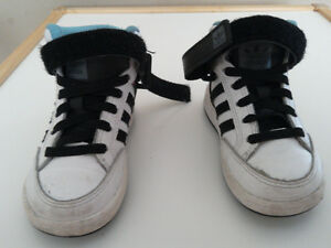 Toddler  boys Adidas shoes size 6