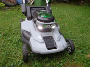 EGO LITHIUM BATTERY POWERED ELECTRIC LAWN MOWER