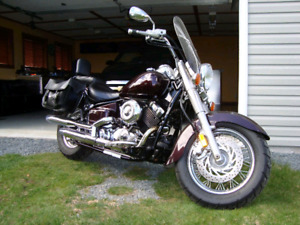 2003 Yamaha Vstar 650 *Low kms- REDUCED PRICE FOR QUICK SALE