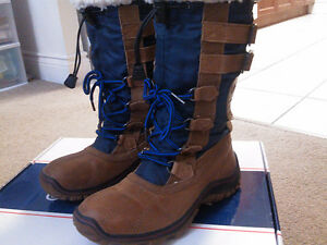 Perfect Winter Boots: Pajar Adriana Blue/Brown Size 37 (6.5-7)