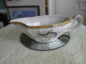 CHARMING OLD VINTAGE MYOTT SON & CO.CHINA GRAVY BOAT