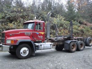 1994 Mack Elite CL713 T/A Log Truck w/2000 Profab Jeep