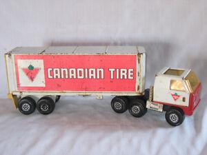 Antiquité - Jouet remorque Canadian Tire tout métal