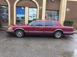 1993 Lincoln Town car Executive series
