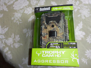 Bushnell Trophy Cam Low-Glow HD AGGRESSOR 14 MP ( NEW in BOX)