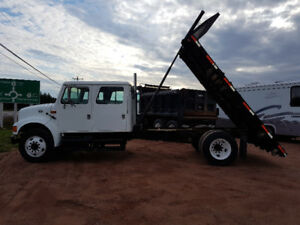 2002 International Crewcab DT444e Allison Auto 14' dump