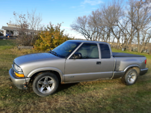 Beautiful Chevy S10 for sale