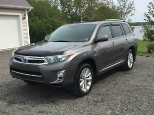 2011 Toyota Highlander Limited AWD SUV, Crossover