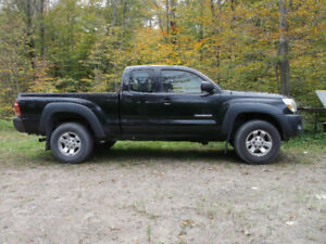 2005 Toyota Tacoma Pickup Truck For Sale
