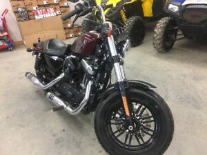 LIKE NEW 2018 HARLEY 1200 SPORTSTER 48....FINANCING AVAILABLE