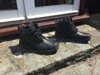 Ecco unisex boots