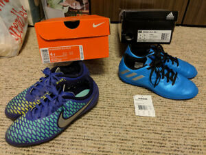 FS: Youth / Kids Soccer Shoes (these fit like a size 5)