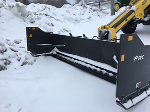 """FFC SNOW PUSHER WITH RUBBER EDGE -120""""/10FEET -SKIDSTEER CARRIER"""