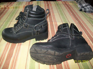 LADIES MOTORCYCLE MILWAUKEE BOOTS
