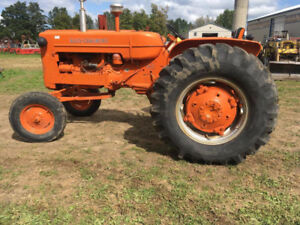 Allis-Chalmers D-14 RESTORED Tractor