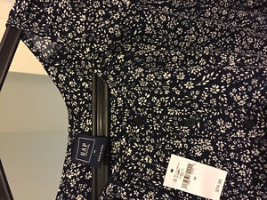 ** Brand NEW GAP maternity dress with tag*