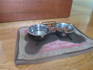 Double Dog Bowl with stand