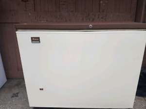 Brentwood chest freezer