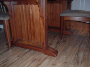 Solid Wood Dining Table and  6 Chairs Peterborough Peterborough Area image 6