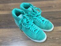 Nike Blazer trainers Green size adult 7