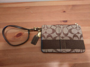 (Used) Coach Wristlet
