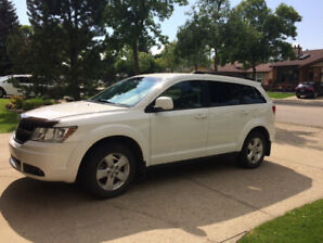 2010 Dodge Journey Excellent Condition. REDUCED to $9900.00