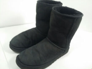 UGG - woman boots - bottes femme - taille 11 ou 42