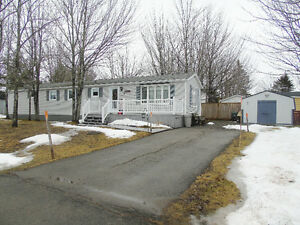 OPEN HOUSE MAY 1ST 2016 2 TO 4 Mini Home for sale / à vendre