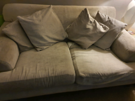 £50 sofa could be used for upcycle project