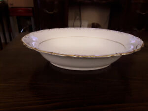 FINE BONE CHINA OVAL BOWL, COALPORT - ANITA, ENGLAND