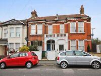 1 bedroom flat in Eastcombe Avenue, Charlton SE7