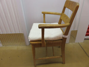 antique wooden chairs West Island Greater Montréal image 7