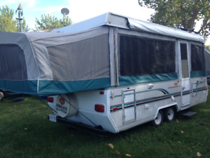 FULLY CONTAINED DOUBLE AXLE TRAVEL TRAILER