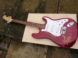 Fender Squire relic, candy red over sunburst nitrocellulose