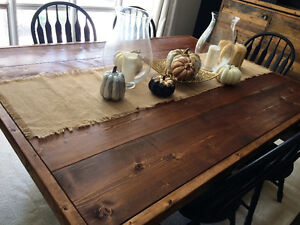 Classic Style Harvest Table