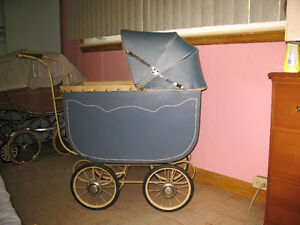 BLUE ANTIQUE BABY CARRIAGE